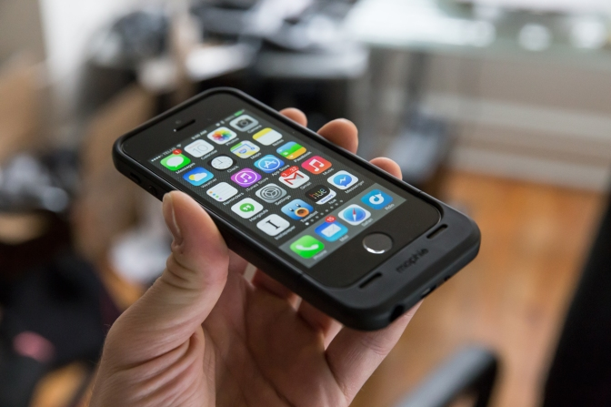 Mophie Space Pack Review: Have Some Extra Storage With Your iPhone Backup Battery
